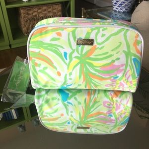 NWT Lilly Pulitzer Large Cosmetic Bag